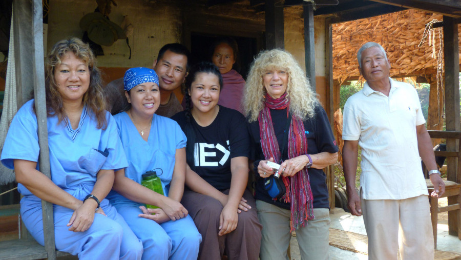 how-to-conclude-your-medical-mission-with-your-team-members-and-leaders